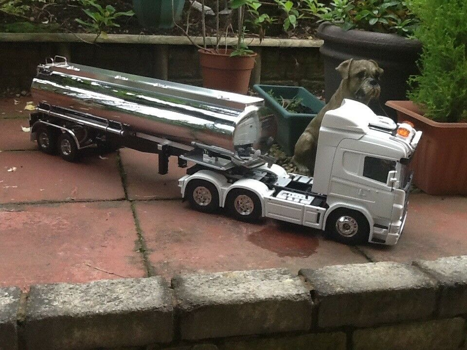 TAMIYA RC TRUCK SCANIA R620 CAB ONLY  | in Sheffield, South Yorkshire |  Gumtree