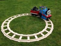 6v battery operated Thomas tank engine ride on and track (peg perego)
