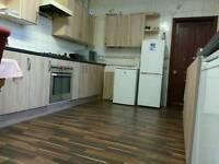 Roomshare No deposit shareroom just 65 per week good location