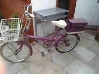 Vintage raleigh shopper bike
