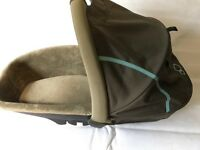 Quinny Buzz Carrycot with Adapters