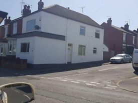 Large 3 bed house to let - Askern.