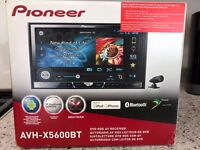 Pioneer Touch screen avh-5600bt double din car stereo cost over £500 when new