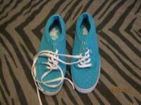 BLUE CANVAS VANS WITH SILVER POLA DOTS IN AS NEW CONDITION SIZE 4