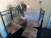 Round Glass Table And 4 Chairs Excellent Condition