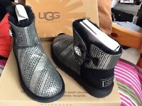 NEW/ UNWORN UGG BOOTS - A Real Bargain