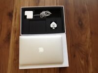 MACBOOK AIR 11 INCH i5, 256GB SOLID HARD DISK IN BOX