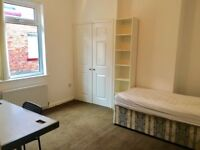 A spacious single room in DURHAM UNI CENTRE