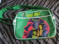 STAR TREK GREEN RETRO MESSENGER SHOULDER BAG BRAND NEW WITHOUT TAGS