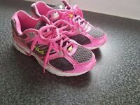 women trainers shoes Fila