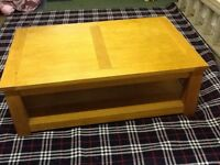 Oak Large Coffee Table & 2 Lamp Tables