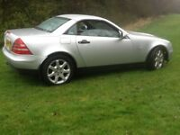 EXCELLENT MERC SLK 230 KOMP AUTO CONVERTIBLE - FULL SERVICE HISTORY (9 STAMPS) AND 1 YEARS MOT
