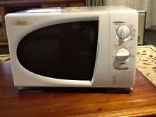 Tiffany microwave oven Rosemeadow Campbelltown Area Preview