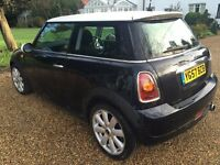 Mini Cooper, Chilli Pack, Black/White roof, New Brakes, Fan belt & Front Tyres, MOT until 10/10/2017