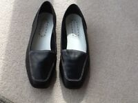 Ladies black leather Roland Carter loafers
