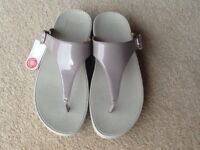 Fitflop sandals, size 5, NEW!!