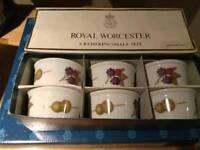 Royal Worcester. Evesham gold