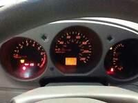 voiture altima Nissan 2002