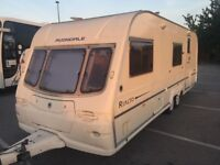Avondale rialto twin axle 02 year 6 berth fixed bunk beds end batroom, no damp,very clean caravan,