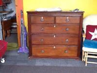 Mahogany chest of draws