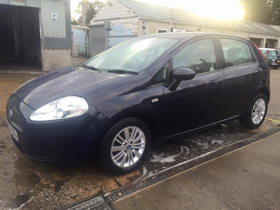 newton cars ** 07 56 fiat grande punto 1.3 multijet, 5 door, good