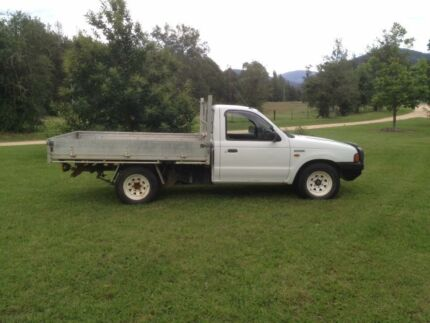 2000 ford courier Ute