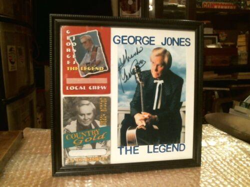 "GEORGE JONES ""THE LEGEND"" ORIGINAL OTT0 BACKSTAGE PASS AND SIGNED PHOTO DISPLAY"