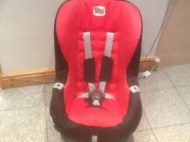 Britax Evlipse car seat for 9mths upto 4yrs-reclines,seat caver has been washed and frame cleaned