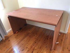 Office desk table Seven Hills Blacktown Area Preview