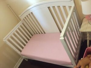 Excellent used condition crib