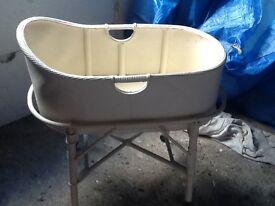 Lloyd loom baby basket/crib