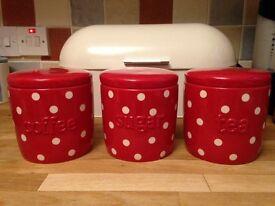 Coffee, tea, sugar pots