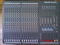 16 channel mixer with 30m stage snake ( Soundcraft Spirit Lc )