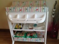My child white changing station with removable bath RRP£140