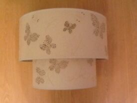Light/lampshade - cream with butterflies