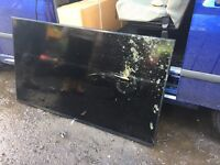 "SAMSUNG - Smart 4K Ultra HD HDR 60"" LED TV..... 1 day old... *SPARES OR REPAIR*"