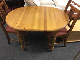 Pine table and chairs can deliver