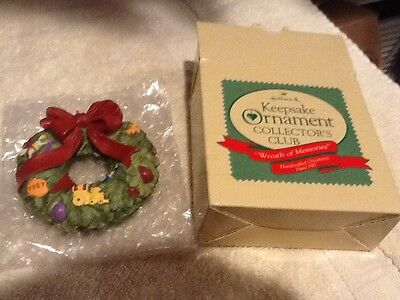 "Hallmark Keepsake Ornament ""Wreath of Memories"" 1987 Collectors Club - MIB"