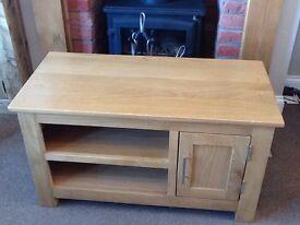 Solid Wood Light Oak TV Unit