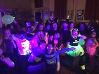 Ultimate Kids entertainer Discos at discounted rates, great prices, great parties !