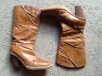 Carvela size 5 ladies boots