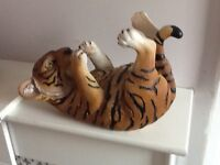 Tiger and bulldog wine bottle holders
