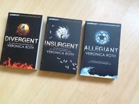 """""""Divergent """" trilogy by Veronica Roth"""