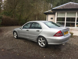 2005/ MKERCEDES C CLASS 180, AUTO MOT NOVEMBER 140K, FSH, NICE CLEAN LEVEL CAR , £1699