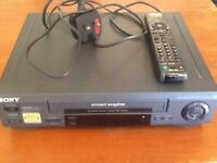 SONY. VHS VIDEO PLAYER & RECORDER. IN VERY GOOD WORKING ORDER. ( USED.