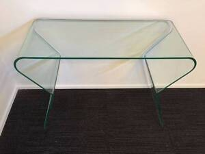 【Brand New】Clear Hot Bent Glass Table Nunawading Whitehorse Area Preview