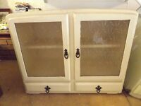 Vintage 1950s kitchen wall cupboard, with 2 doors.