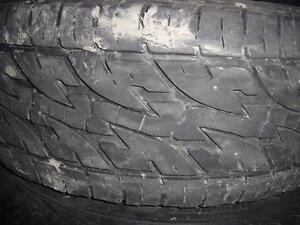 4 pneus d'été, LT265/70/17, Radial A/T, Total Terrain, 35% d'usure, mesure 9 et 10/32.