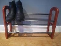 Expandable two tier shoe rack