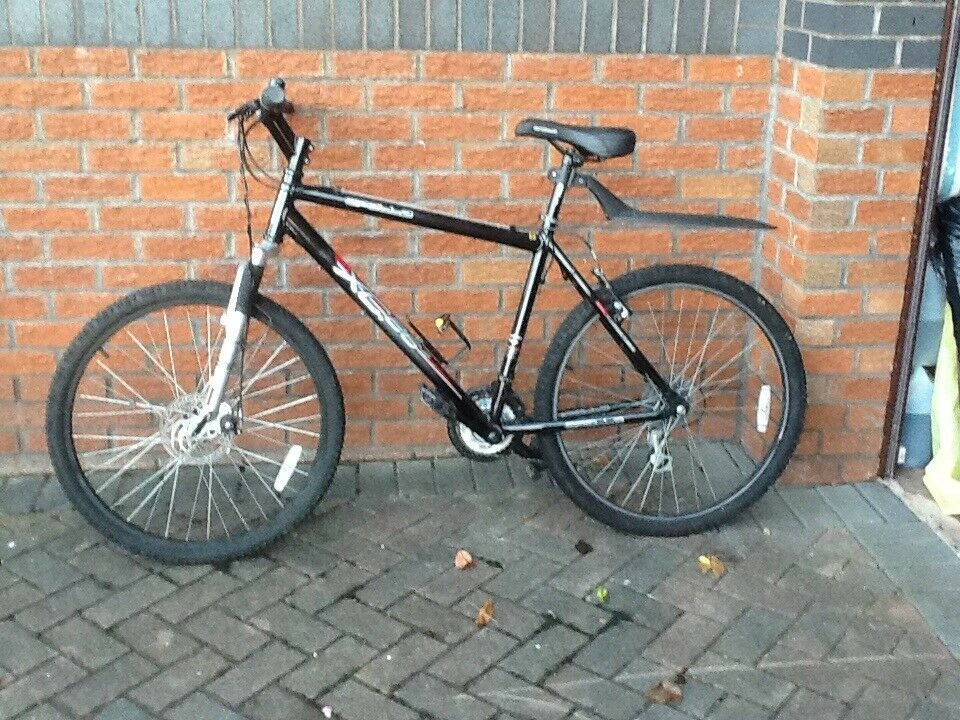 Apollo 20inch off road bike, 10 speed, hardly used, excellent condition